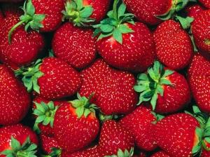 Strawberry-Wallpaper-fruit