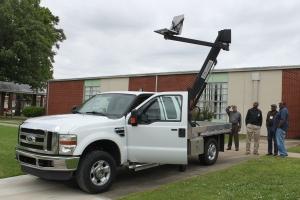 Flatbed Truck Lift