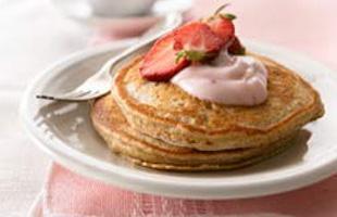 wholegrainstrawberrypancakes